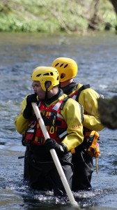 Two person line-astern technique with wading pole